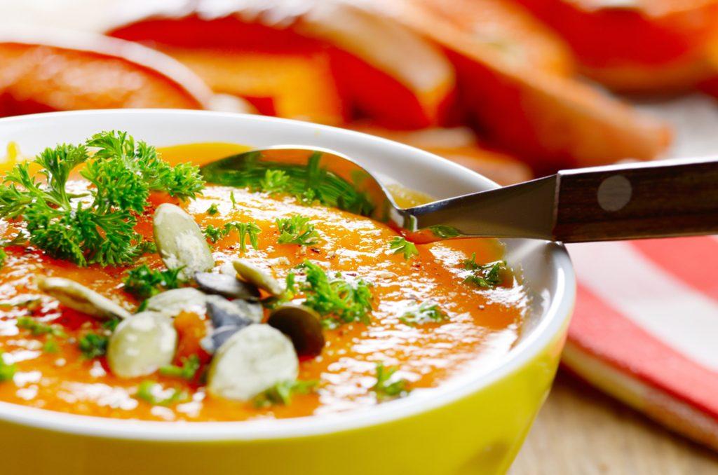 Trucos de cocina para reducir las calor as primeros for Platos cocina